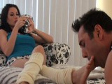 Dominant-bitch Randi and Her Uncomplaining Man Toy